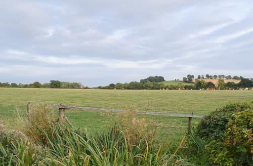 Dog Friendly Cottages - Splendid All Northamptonshire Cottage S114302