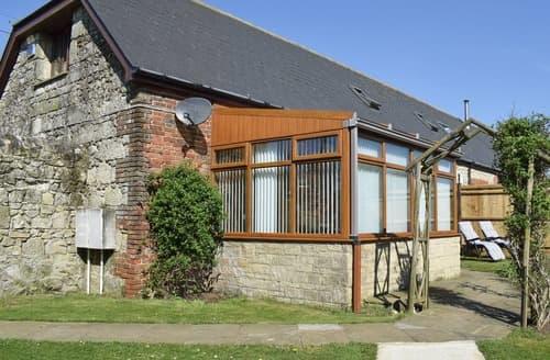 Last Minute Cottages - Quaint Ventnor Cottage S98346