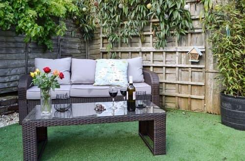 Dog Friendly Cottages - Splendid Arundel Cottage S101585