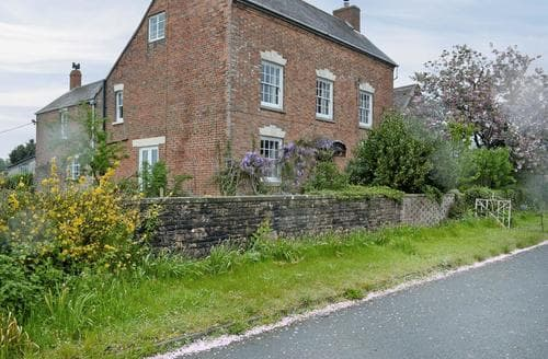 Last Minute Cottages - Gorgeous Gloucester Cottage S57413