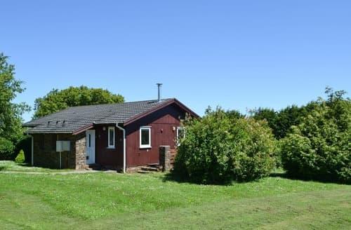 Last Minute Cottages - Luxury Hartland Lodge S105357