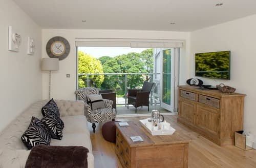 Last Minute Cottages - Delightful St Ives Apartment S114307