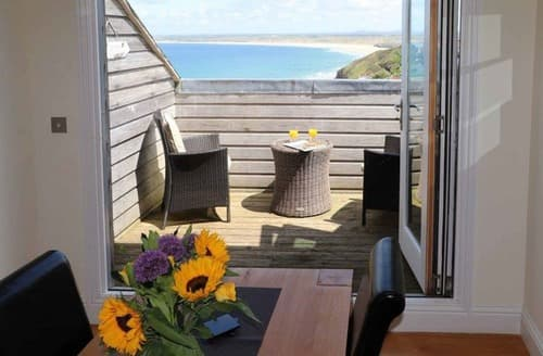 Dog Friendly Cottages - Stunning St Ives Apartment S114653