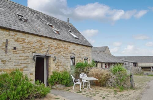 Last Minute Cottages - Charming Stow On The Wold Cottage S113958