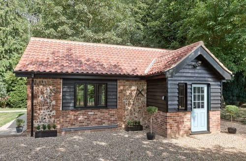Last Minute Cottages - Stunning North Walsham Cottage S114159