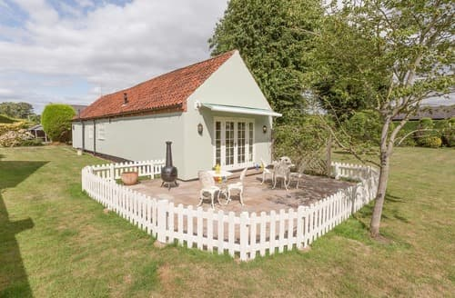 Last Minute Cottages - Luxury All Nottinghamshire Cottage S114215