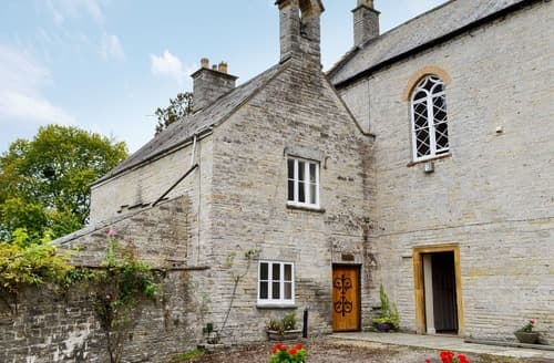 Last Minute Cottages - Charming Glastonbury Lodge S123650