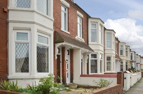 Last Minute Cottages - Inviting Newcastle Upon Tyne Apartment S123716