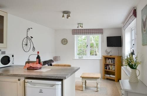 Last Minute Cottages - Wonderful Horncastle Lodge S60138