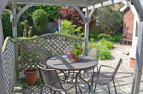 Last Minute Cottages - Gorgeous Broadstairs Cottage S57448