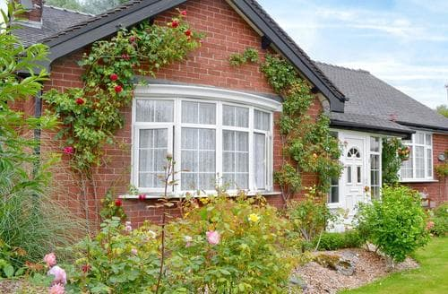 Last Minute Cottages - Wonderful Southport Cottage S60992