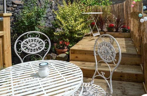 Last Minute Cottages - Excellent Holmfirth Cottage S70584