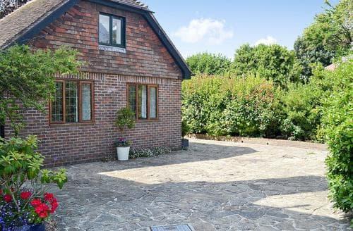 Last Minute Cottages - Attractive Bognor Regis Cottage S69863