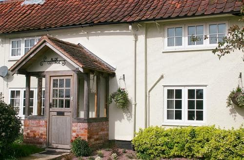 Last Minute Cottages - Alde Cottage