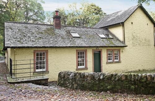 Last Minute Cottages - Tasteful Castle Douglas Cottage S23580