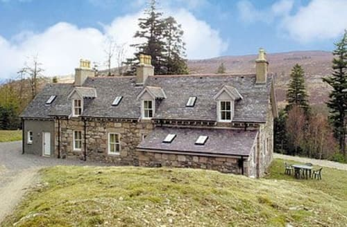 Last Minute Cottages - Cosy Ballater Cottage S22908