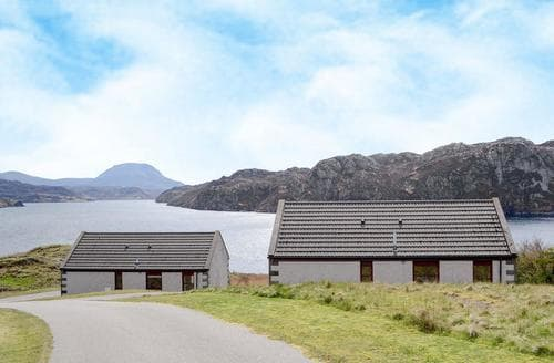 Last Minute Cottages - Loch Inchard Holiday Cottages