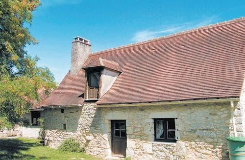 Last Minute Cottages - St Savin