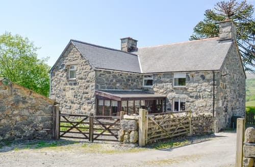 Last Minute Cottages - Exquisite Dolgellau And Coed Y Brenin Forest Park Cottage S22254