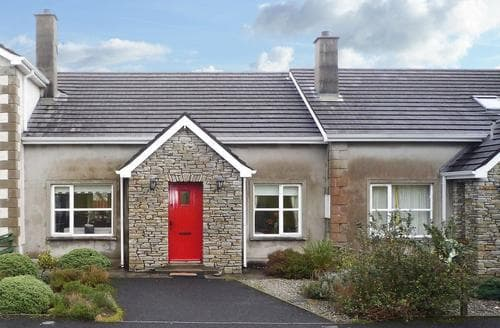 Last Minute Cottages - Stunning Carndonagh Cottage S23927