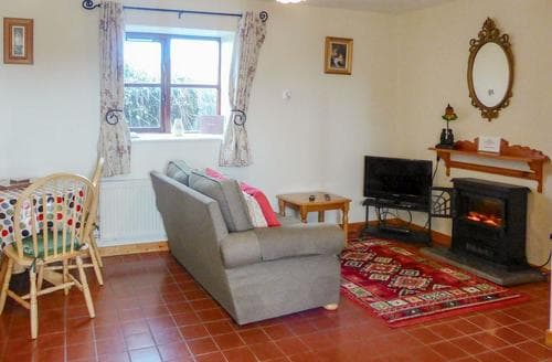 Last Minute Cottages - Captivating Kilmore Quay Cottage S24206