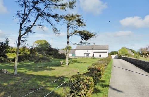 Big Cottages - Captivating Kilmore Quay Cottage S24222