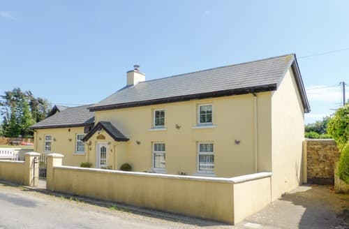 Last Minute Cottages - Excellent Carrick Cottage S121793