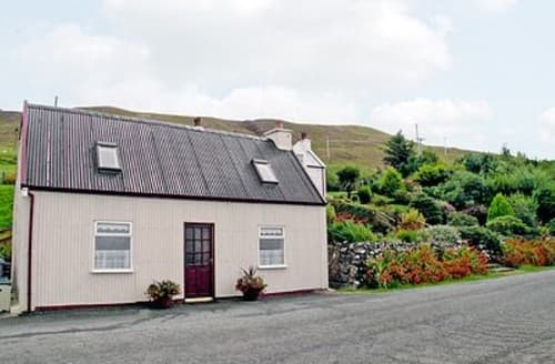 Last Minute Cottages - Beautiful Portree Cottage S22506