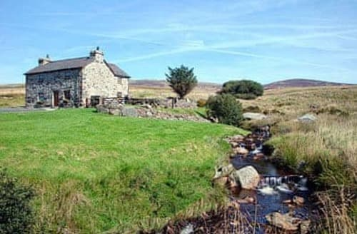 Big Cottages - Charming Bala Cottage S22136
