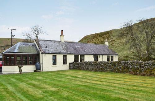 Last Minute Cottages - Wonderful Dumfries Cottage S23624