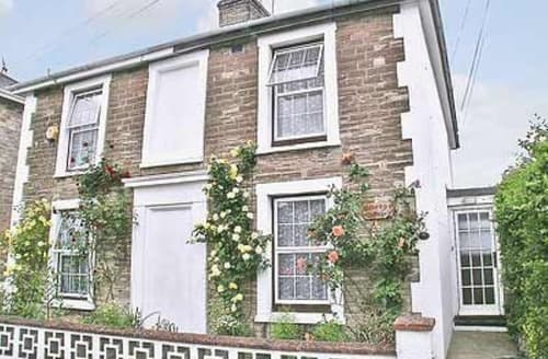 Last Minute Cottages - Wonderful Ryde Cottage S14291