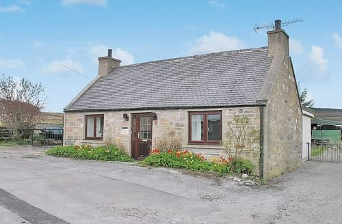 Big Cottages - Quaint Aviemore Cottage S22656