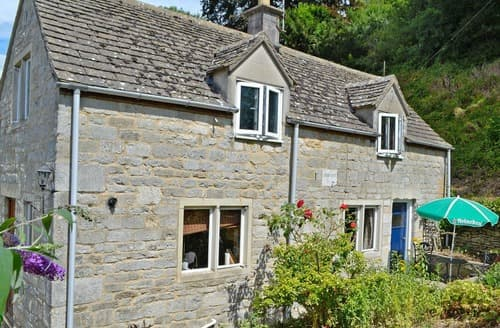 Last Minute Cottages - Inviting Stroud Cottage S16312