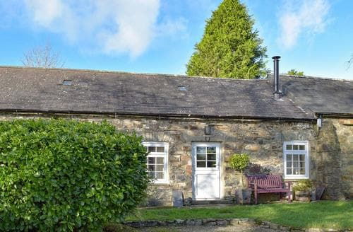 Last Minute Cottages - Luxury Narberth Cottage S21889