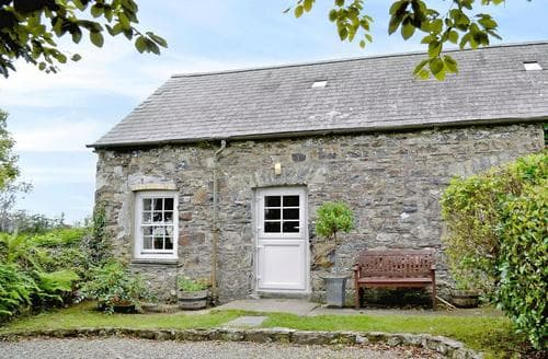 Dog Friendly Cottages - Stunning Narberth Cottage S21891
