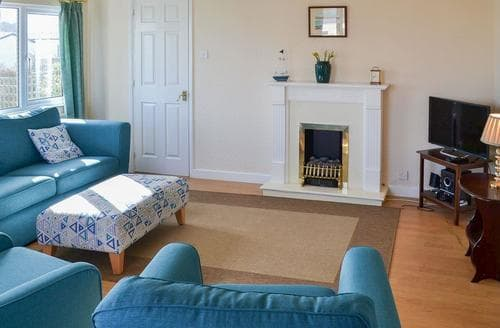 Dog Friendly Cottages - Delightful Padstow Cottage S20638