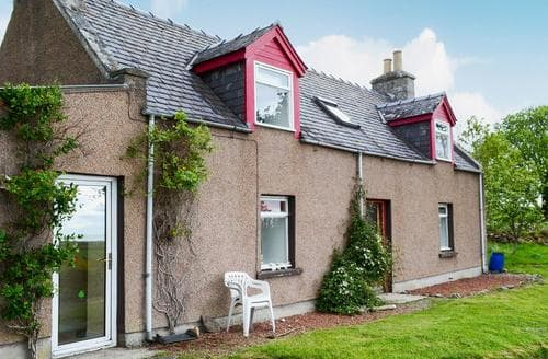 Last Minute Cottages - Cosy Brora Cottage S24329