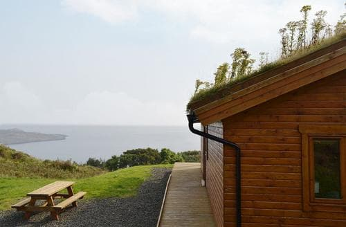 Last Minute Cottages - Charming Portree Cottage S22475