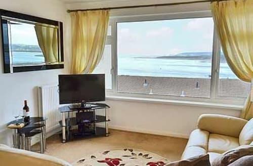 Last Minute Cottages - Luxury Bideford Apartment S18992