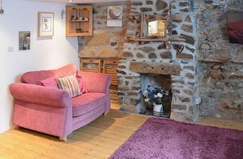Dog Friendly Cottages - Stunning St Ives Cottage S25215
