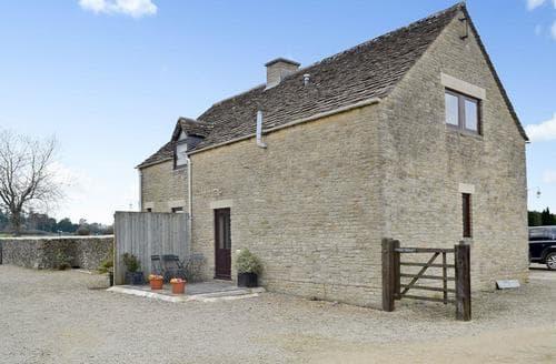 Last Minute Cottages - Delightful Stroud Cottage S16313
