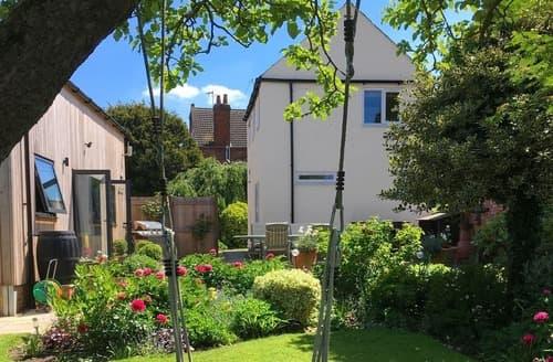 Last Minute Cottages - Quaint All Northamptonshire Cottage S33558