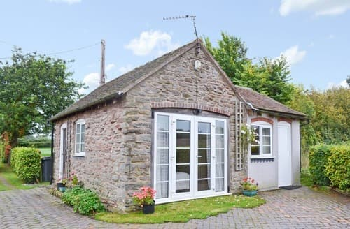Last Minute Cottages - The Little House at Oldfield Cottage