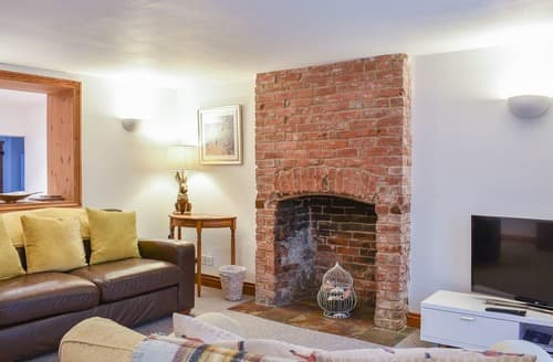 Big Cottages - Exquisite Weymouth Cottage S127610