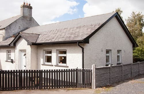Big Cottages - Delightful Naas Lodge S24061