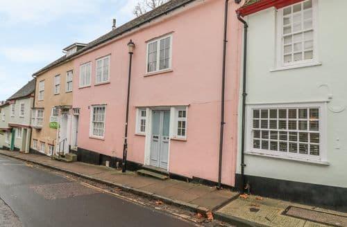 Last Minute Cottages - Charming Colchester Cottage S128225