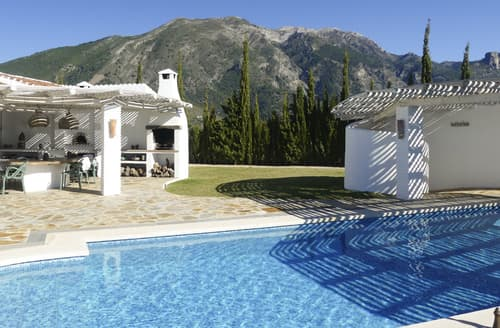Last Minute Cottages - Villa Adaline