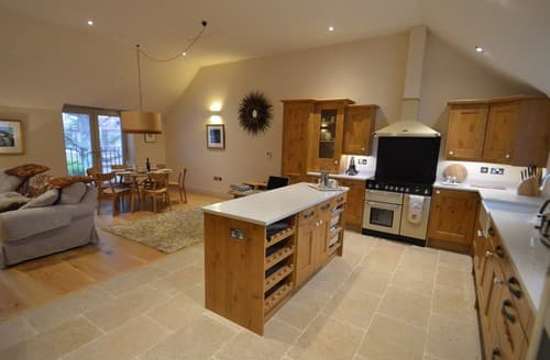 Last Minute Cottages - Beautiful Langham Cottage S128268