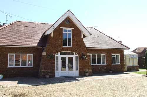Last Minute Cottages - Gorgeous Snettisham House S128283