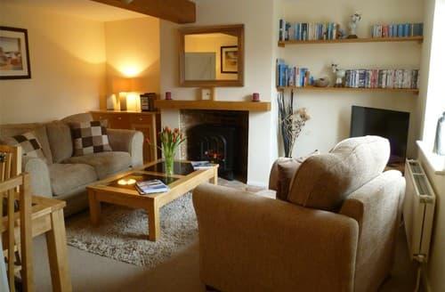 Last Minute Cottages - Stunning Binham Cottage S128284